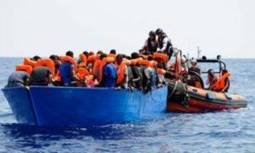Το λιμενικό διέσωσε 143 μετανάστες στα ανοιχτά της Λαμπεντούζας - Αγνοούνται 20 άνθρωποι