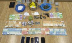 Πειραιάς: Νεαροί είχαν μετατρέψει σπίτι σε… εργοστάσιο ναρκωτικών