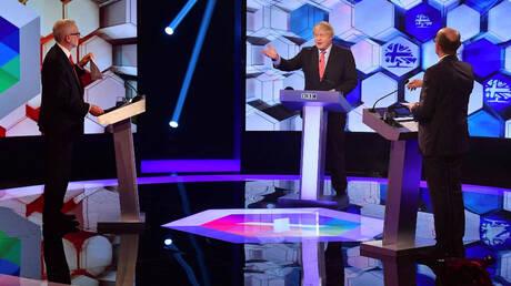 Βρετανία: Χωρίς ξεκάθαρο νικητή η τελευταία τηλεμαχία Τζόνσον – Κόρμπιν