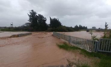 Κατάρρευση γέφυρας στην Πάφο λόγω βροχόπτωσης