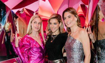 Μαριάννα Γουλανδρή, Λάουρα Λαλαούνη και Έμιλυ Βαφειά με γιορτινά λαμπερά outfits