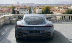 Η Ferrari Roma μαγεύει στην «αιώνια πόλη»