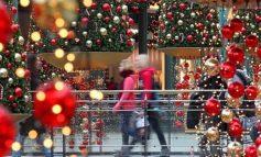 Οι πρωταθλητές των Χριστουγέννων: Ο λαός που κάνει «κατοστάρι» στις αγορές δώρων
