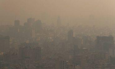 Χτύπησε «κόκκινα» η ατμοσφαιρική ρύπανση στο Ιράν