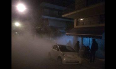 Ένταση και προσαγωγές στην τριπλή αστυνομική επιχείρηση στο Κουκάκι