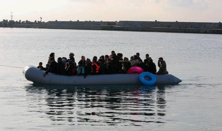 156 λαθρομετανάστες διεσώθηκαν από το Λιμενικό και άλλοι 166 αποβιβάστηκαν σε νησιά