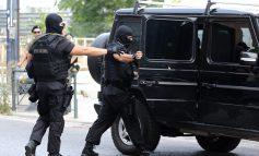 «Εκπλήξεις» στο προφίλ των συλληφθέντων για τις επιθέσεις στα γραφεία της Χρυσής Αυγής