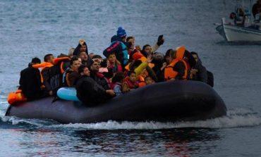 Τριακόσιοι εβδομήντα δύο λαθρομετανάστες και πρόσφυγες έφτασαν στην Ελλάδα το τελευταίο 24ωρο