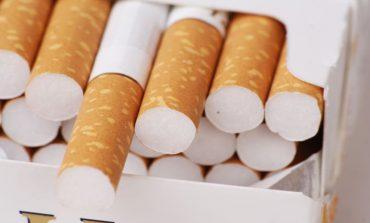 Κατασχέθηκαν 4 τόνοι λαθραίων τσιγάρων και εμπορευμάτων στο κέντρο του Πειραιά
