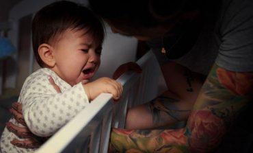 Γιατί τα μωρά ξυπνούν τη νύχτα;