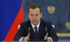 Παραιτήθηκε η κυβέρνηση στην Ρωσία