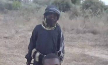 Σκληρές εικόνες: 8χρονος του ISIS εκτελεί Χριστιανό – «Δεν θα σταματήσουμε μέχρι να εκδικηθούμε»