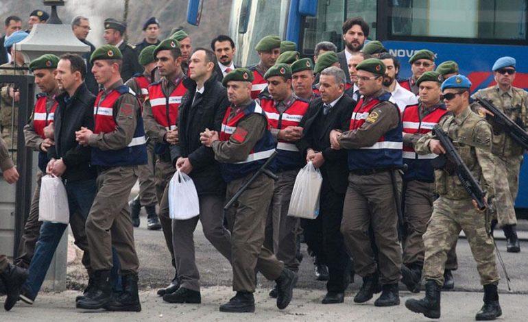 Τουρκία: Συνελήφθησαν άλλοι 176  λόγω δεσμών με τον Φετουλάχ Γκιουλέν