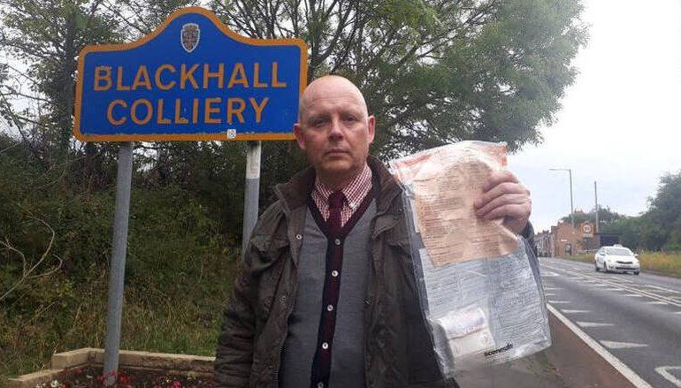 Βρετανία: Λύθηκε το μυστήριο με τα χαρτονομίσματα που βρίσκονταν στους δρόμους