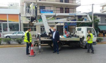 Καταγραφή και αφαίρεση παράνομων πινακίδων από το δήμο Αμαρουσίου με επιβολή κυρώσεων