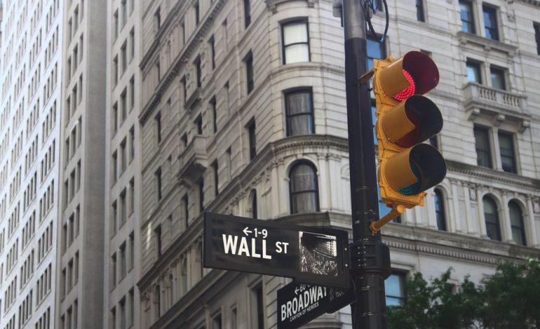 Wall Street: Κοντά στη γραμμή εκκίνησης έκλεισαν οι δείκτες