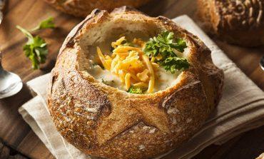 Βελουτέ σούπα τυριού με μπρόκολο