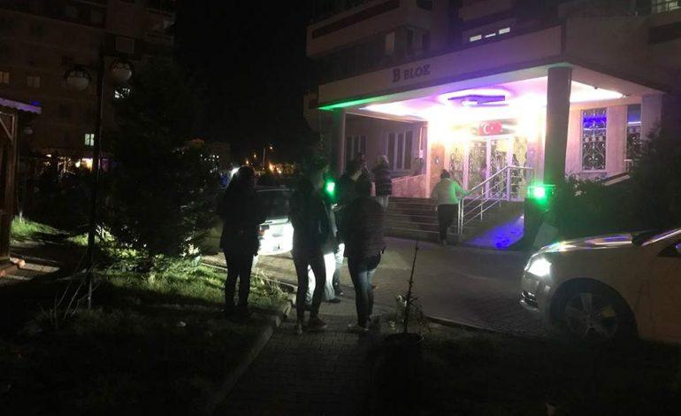 Ισχυρός σεισμός 6,9 Ρίχτερ στην ανατολική Τουρκία – Τουλάχιστον 4 νεκροί και καταρρεύσεις κτιρίων