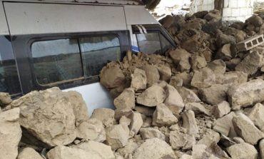 Φονικός σεισμός στα σύνορα Τουρκίας - Ιράν