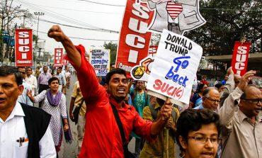 Τουλάχιστον 20 νεκροί σε βίαια επεισόδια στο Νέο Δελχί