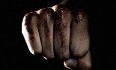 Βύρωνας: Αμετανόητοι οι δράστες του ξυλοδαρμού έβγαζαν selfie στο αστυνομικό τμήμα