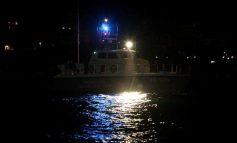 Επιχείρηση του λιμενικού στον Σαρωνικό για επιβάτη πλοίου που έπεσε στη θάλασσα