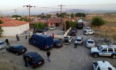 Πυρί, Θήβας: Πυρά κατά Αστυνομικών από Ρομά του καταυλισμού