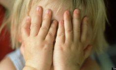 Λαμία: Ελεύθερος με αναστολή ο «πα-τέρας» που κακοποιούσε το 2,5 μηνών μωρό του
