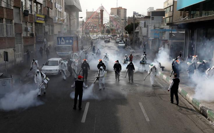 Ο κορονοϊός σκοτώνει έναν άνθρωπο κάθε 10 λεπτά στο Ιράν
