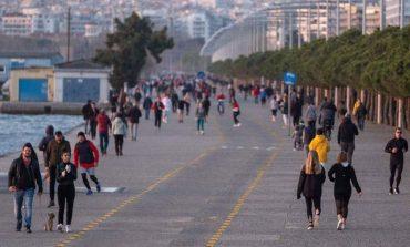 Θεσσαλονίκη: «Λουκέτο» στη Νέα Παραλία μετά τις εικόνες συνωστισμού