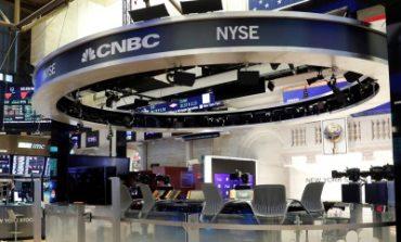 Με απώλειες άνω του 4% ξεκινά ο Απρίλιος στην Wall Street
