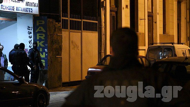 Άνδρας άνοιξε πυρ και ταμπουρώθηκε στο σπίτι του. Συνελήφθη μετά από επιχείρηση της ΕΛ.ΑΣ