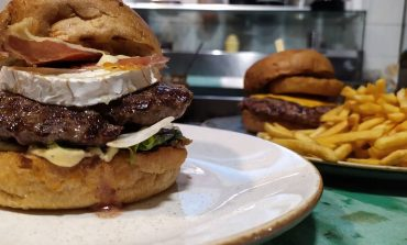Munchys στην Κηφισιά. Μόνον για Burger Lovers.