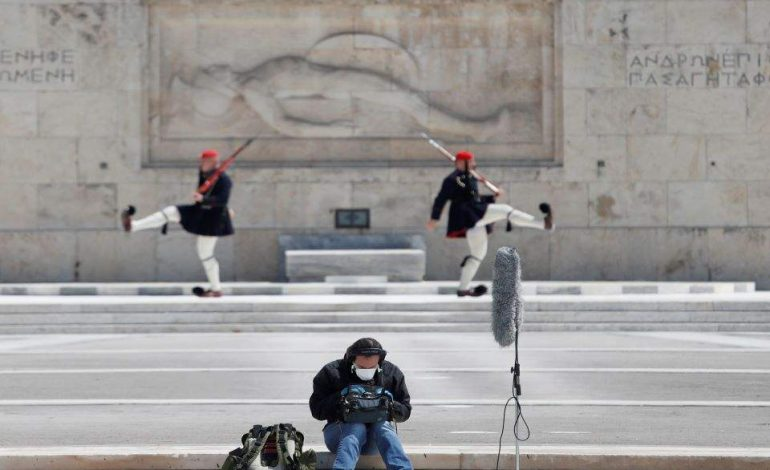 Εύσημα του διεθνούς Τύπου: Η «έξυπνη» Ελλάδα που κερδίζει τη μάχη