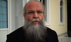 ΧΙΟΣ : ο παπάς Χρ. Γουρλής αφήνει το Ναό της Παναγίας Ευαγγελίστριας ανοιχτό και συλλαμβάνεται