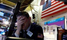 Ο χειρότερος μήνας από το 2008 για τη Wall Street