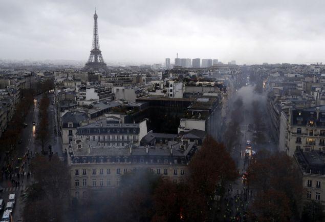 Ο αέρας καθαρίζει στη Ρώμη, το Παρίσι και τη Μαδρίτη ενώ εκατομμύρια κόσμου μένουν στο σπίτι