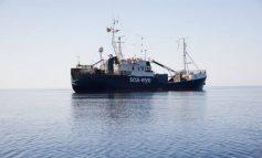 Σε καραντίνα στη θάλασσα οι μετανάστες που διέσωσε το πλοίο Alan Kurdi