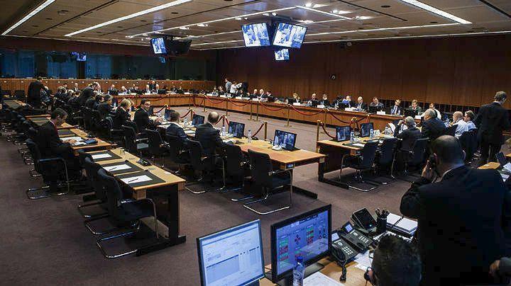 Κρίσιμο Eurogroup σήμερα – Στο τραπέζι η πρόταση για κορονο-ομόλογα