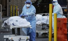 ΗΠΑ-Covid-19: Στους 1.255 οι νεκροί σε 24 ώρες