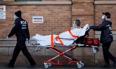 1.453 νεκροί μέσα σε 24 ώρες στις ΗΠΑ – Πάνω από 66.000 συνολικά