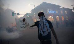 George Floyd: Στις φλόγες η Μινεάπολη, στους δρόμους η Εθνική Φρουρά