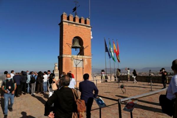 Η Ισπανία ανοίγει τα σύνορά της μετά από τρεις μήνες
