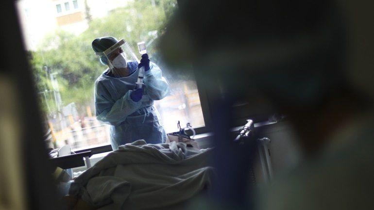 Κορωνοϊός: 30 νέοι θάνατοι και 345 νέα κρούσματα στη Γερμανία