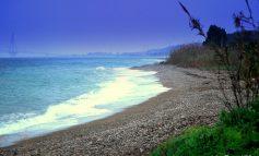 Ναυπάκτος: Επιχείρησαν να βιάσουν λουόμενη σε παραλία