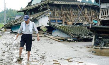 Ιαπωνία: Τουλάχιστον 16 νεκροί από τις καταρρακτώδεις βροχές