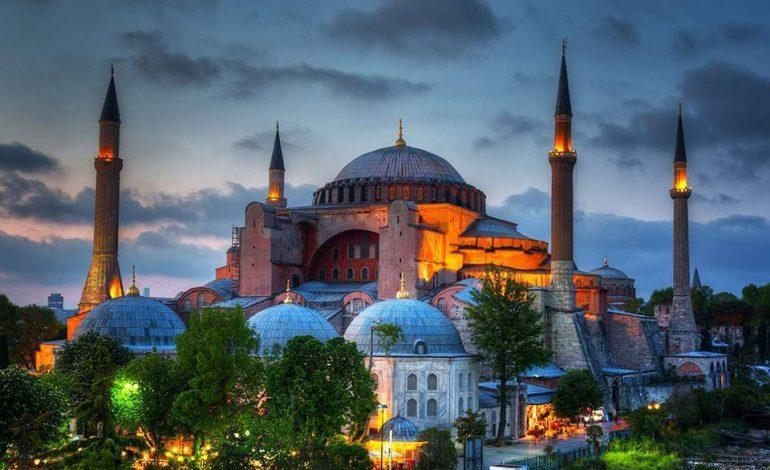Αγιά Σοφιά: Η απόφαση του τουρκικού ΣτΕ – Πώς αιτιολογείται η μετατροπή σε τζαμί