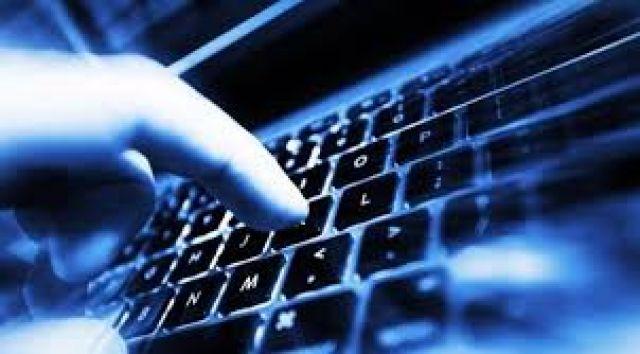 Ηλεκτρονικές απάτες: Τι πρέπει να προσέχουν οι καταναλωτές