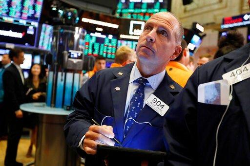 Πάνω από τις 27.000 ο Dow, παρά τις ανησυχίες λόγω της νέας σινοαμερικανικής «κόντρας»