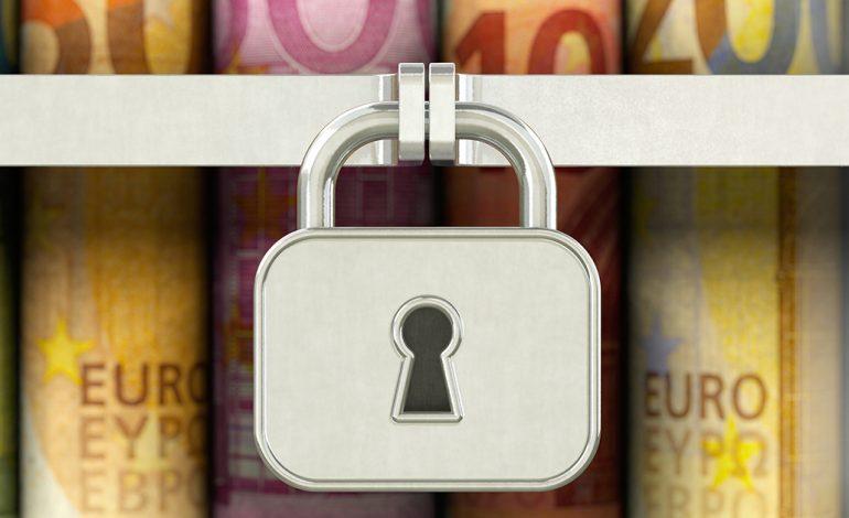 Συνεχίζεται η «επιδρομή» στους τραπεζικούς λογαριασμούς για οφειλές στα ασφαλιστικά ταμεία